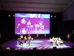 Danses (2)