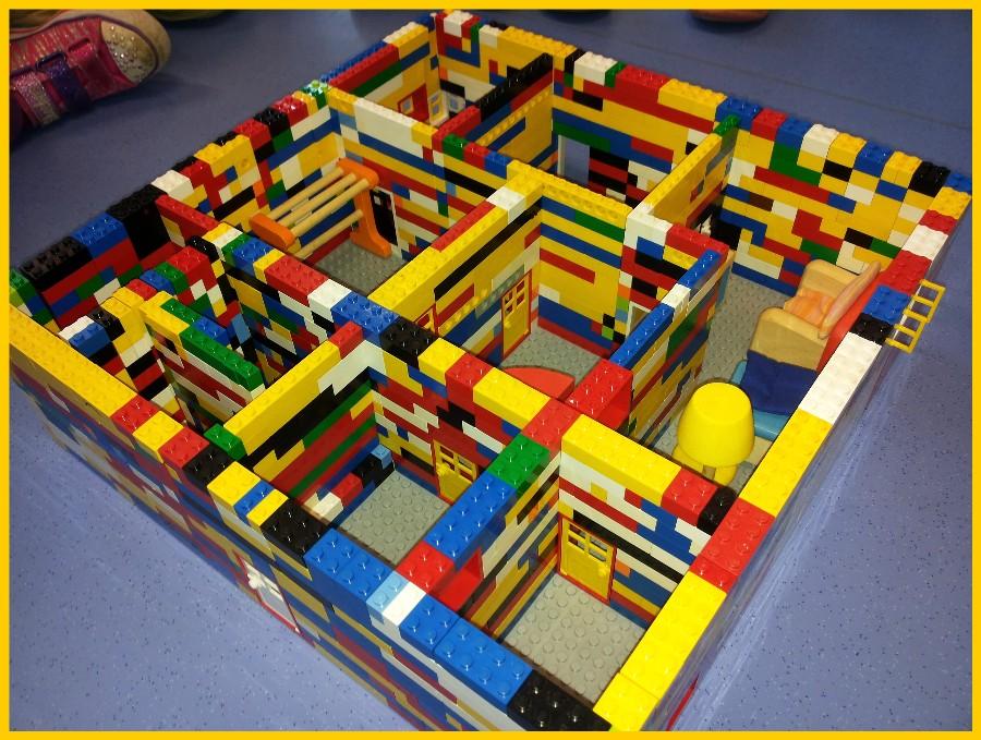 Comment faire une maison en lego 28 images you re so - Modele construction maison lego ...